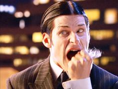Hairpulling.. and that scream. Strangely sexy :D Crispin Glover as Thin Man in Charlie's Angels: Full Throttle.