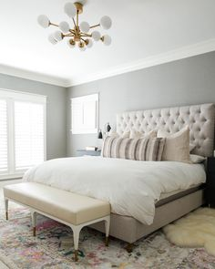 Good ideas for contemporary bedroom design, furniture and decor. See the article for ideas. Wood Bedroom Sets, Serene Bedroom, Bedroom Decor, Master Bedroom, Bedroom Ideas, Storage Boxes With Lids, Contemporary Bedroom Furniture, Closet System, Home Organization