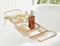 Relax in style with the Copper Soho Bath Caddy, designed to suit any modern bathroom. Combine this everyday essential with our range of Copper Soho bathroom accessories for a touch of contemporary luxe in your bathroom. Copper Bathroom, Bathroom Rack, 50s Bathroom, Bath Rack, Paris Bathroom, Lowes Bathroom, Bathroom Niche, Mermaid Bathroom, Modern Bathrooms