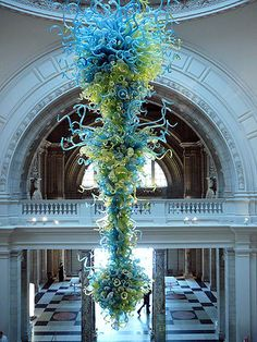 This fabulous Dale Chihuly glass sculpture hangs in the center over the entry hall of the Victoria and Albert Museum, London.