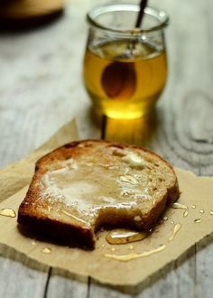 toast w/honey and butter