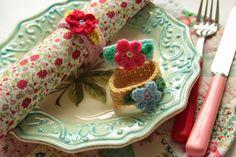 Cherry Heart: The Craft Hub: Crocheted Napkin Rings