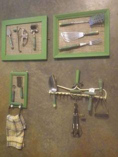 Vintage Green Handled Kitchen Utensil Working Display ~ Contain 13 Utensils