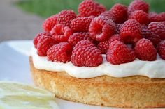 Lemon & Raspberry Summer Cake