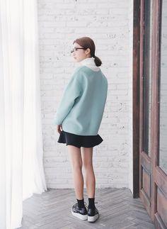 Deep V-Neck Pullover (Mint)   STYLENANDA