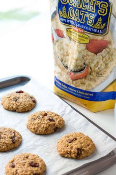 This healthy Oatmeal Raisin Cookies Recipe uses whole grain oats and spelt flour to make chewy and soft oatmeal cookies that are delicious and clean eating. Replace coconut sugar and oil Oatmeal Raisin Cookie Recipe Easy, Cookie Recipe With Oil, Oat Biscuit Recipe, Oat And Raisin Cookies, Soft Oatmeal Cookies, Oatmeal Breakfast Cookies, Oat Cookies, Oat Flour Recipes, Oats Recipes