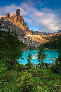 Sorapis lake in the Dolomites, Italy