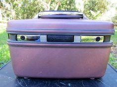 Plum Train Case, Luggage, train case, 1950 case, vintage luggage, travel bag, samsonite Train Case, yellow train case, purple vanity case