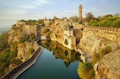 Chittorgarh Fort, India A sprawling pastiche of gates, temples, and towers, India's evocative Chittorgarh Fort sits on a nearly 600-foot-high hill and stretches across a staggering 691 acres. It has been a hot spot for tourists for centuries.