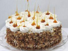 Tort cu ciocolata, bezea si crema de lapte - imagine 1 mare Romanian Desserts, Romanian Food, Sweets Recipes, Cooking Recipes, Opera Cake, Good Food, Yummy Food, Pastry Cake, Fancy Cakes