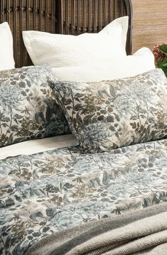 An exquisite collection of designer bed linen, quilts, bedspreads, comforters, silk filled products and linen fabrics all handcrafted from natural fibres. Bed Linen Design, Bed Design, Duvet Sets, Duvet Cover Sets, Natural Duvet Covers, Nature Prints, Fine Linens, Contemporary Interior, Bed Spreads