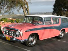 1956 Nash Rambler Station Wagon, pity they couldn't decide which colour they finally wanted.