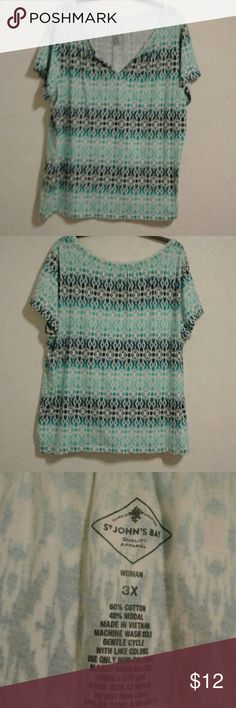 White and Blue Top Blue and white top size 3X Discount Bundle 25% Cato Tops Tunics
