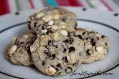 Mini chocolate chips + mini mallows + graham crackers = S'mores Cookies!     by JavaCupcake.com