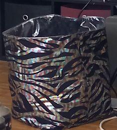 Riesen utensilo für Strickwaren Origami, Hamper, Maya, Laundry, Home Decor, Laundry Room, Decoration Home, Room Decor, Origami Paper