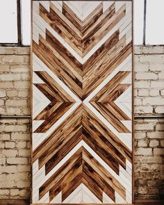 Items similar to Wood wall art // Rustic Wall Decor on Etsy Rustic Wall Decor, Rustic Walls, Diy Wood Projects, Wood Crafts, Reclaimed Wood Art, Creation Deco, Wooden Wall Art, Scrap Wood Art, Wooden Doors