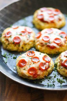Mini Cauliflower Pizzas - Damn Delicious Healthy Comfort Food, Healthy Snacks, Healthy Eating, Comfort Foods, Healthy Pizza, Diabetic Snacks, Vegan Pizza, Dinner Healthy, Healthy Nutrition