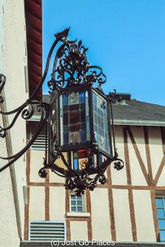 The Relais du Trois Chateaux is a small boutique hotel in the village of Cheverny, a stone's throw away from the Chateau de Cheverny.  It is an excellent location from which to visit the nearby castles of Blois, Chenonceau, Chaumont, etc.