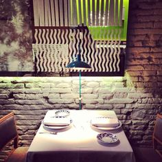 Petit Comitè - La Dreta de l'Eixample - Barcelona, Cataluña Barcelona, Photo Diary, Home Decor, Restaurant Bar, Quote, Restaurants, Dots, Decoration Home, Room Decor