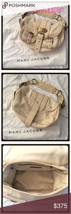 Marc Jacobs Cream Satchel Handbag - R$1600 Gorgeous cream colored leather Marc Jacobs signature handbag. Two pockets on outside front. Buckle closure. Perfect inside & out except a tiny scratch on the outside metal plate. Excellent used condition. Comes with dustbag. Bought at Marc Jacobs Beverly Hills on Rodeo Drive. Very rare & hard to find! Measurements: 15in x 10in x 4in. Retail $1600. ✅Always Authentic✅ ⬇️Bundle & Save 10% & Save on Shipping⬇️ ❌Trades❌PayPal❌ Marc Jacobs Bags Shoulder…