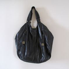 GEMA´S CLOSET GIVENCHY BAG Givenchy, Closet, Bags, Fashion, Handbags, Moda, Armoire, Fashion Styles, Taschen
