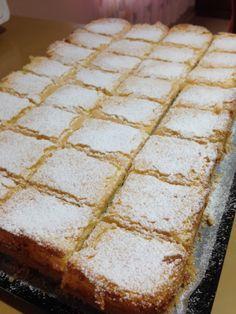 Heart of Mary: Heavenly Lemon Squares Tray Bake Recipes, Easy Cake Recipes, Sweet Recipes, Baking Recipes, Cookie Recipes, Dessert Recipes, Simply Recipes, Unique Recipes, Lemon Desserts