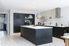 Best Design Kitchen Remodel Ideas Modern With Pictures Family Kitchen, New Kitchen, Kitchen Dining, Kitchen Interior, Interior Design Living Room, Kitchen Views, Scandinavian Kitchen, Modern Kitchen Design, Home Kitchens