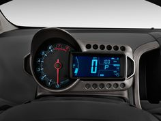 Chevrolet Sonic 2012 console