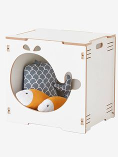 Little ones love to read and what better way to showcase their book collection than with a stylish children's bookcase? Search our kids' bookcases online. Nursery Wall Art, Nursery Decor, Cheap Bookcase, Scandinavian Nursery, Decorative Storage, Stylish Kids, Architect Design, Baby Room, Toy Chest