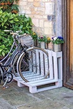 Pallet Ideas, Diy Pallet Projects, Garden Projects, Garden Ideas, Garden Tools, Wood Projects, Garden Art, Diy Garden, Wooden Garden