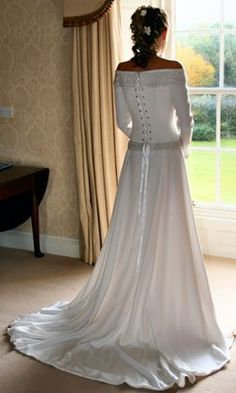 celtic wedding dresses | Celtic Wedding Dress from Lindsay Fleming - Alison, wearing Sabina.