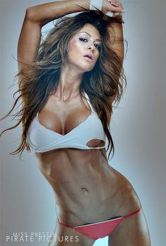 WBFF Bikini Pro Laura Michelle Prestin Talks Simplyshredded.com [Updated 2012] | SimplyShredded.com