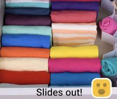 Diy Clothes Life Hacks, Diy Clothes And Shoes, Fold Clothes, Simple Life Hacks, Useful Life Hacks, Amazing Life Hacks, Home Organization Hacks, Girls Bedroom Organization, Small Closet Organization