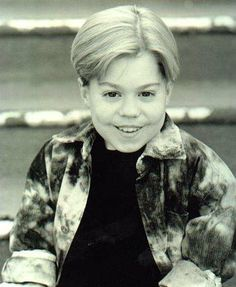 Josh Ryan Evans The 'Passions' star died in 2002 at age On the same day his soap opera character was killed off, the diminutive star died of a congenital heart defect at a San Diego hospital. Josh Ryan Evans, Passions Soap Opera, Congenital Heart Defect, Celebrity List, Die Young, Child Actors, Before Us, Classic Tv, We The People