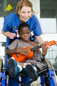 Music & mercy @Mercy Ships for nurse Amber Batson