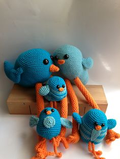 Birds of a feather ... family of charming birds pattern by Teresa Alvarez,  a free Ravelry download
