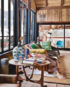 35 cool natural chalet living room designs with colorful sofa design and brown rug
