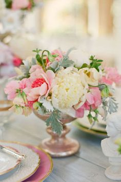 Lovely Petite Centerpiece Ideas