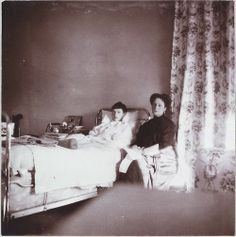 Tatiana Nikolaevna recovering from typhoid and her mother Alexandra, 1913