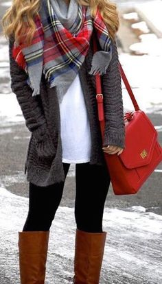 #fall #fashion / knit + red color pop