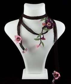 """""""Narcissus dawn"""" silk lace necklace"""