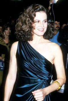Sigourney Weaver red carpet looks from the 80′s