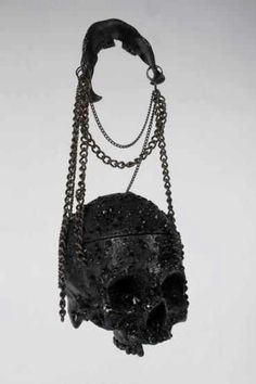 A little 'blingy' for my taste, but still awesome. ('Black Diamonds' Swarovski Crystal Skull Handbag by Richard Hible) Dark Fashion, Gothic Fashion, Emo Fashion, Steampunk Fashion, 1930s Fashion, Gothic Steampunk, Steampunk Clothing, Latex Fashion, Victorian Gothic