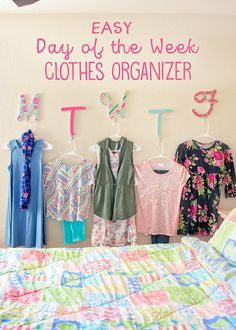 Day of the week clothes organizer: This easy to put together Wall Decor / Easy Daily Clothes Organiz. - Diy and crafts Weekly Clothes Organizer, Diy Clothes Organiser, Diy Clothes Refashion, Diy Clothes Videos, Diy Headboards, Wall Organization, Kids Clothes Organization, Decoration, Diy And Crafts