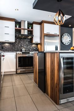Wood Kitchen Cabinets – Lacquered Cherry, Natural Calico Walnut, Quartz – Simard Kitchen and Bathroom Source by Kitchen Interior, Interior Design Living Room, Kitchen Dining, Kitchen Decor, Kitchen Cabinets, Armoire Makeover, La Rive, Condo Decorating, Contemporary Kitchen Design