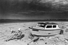 With summer vacation now in the books, we thought we'd take a look back at one of the Boston area's best-known beaches. Here's a look at Revere Beach in years past, via The Boston Globe's archives. East Boston, Boston Area, Revere Beach, Boston Skyline, Summer Scenes, Running On The Beach, Beach Walk, Massachusetts, New England