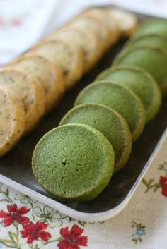 Matcha and Earl Grey Cookies. I LOVE Earl Grey cookies! Might have to add the Matcha cookies to my Christmas cookie list as well! Tea Recipes, Sweet Recipes, Cookie Recipes, Dessert Recipes, Earl Grey Cookies, Green Tea Cookies, Matcha Cookies, Matcha Tea Cake Recipe, Delicious Desserts