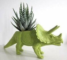 Prehistoric Planters - The Dinosaur Planters by Plaid Pigeon Makes Your Garden a Lot Less Boring (GALLERY)