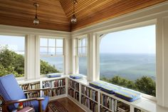 What a great space, places for books, comfy chair and Beautiful views.  I could sit for hours (not reading) but watching the ocean!