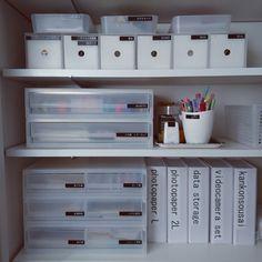 koma42chima1128さんの、棚,無印良品,100均,ラベリング,ホワイトインテリア,リビング収納,mon・o・tone,小物収納,書類収納,整理整頓,可動棚,ピータッチ,シンプルインテリア,モノトーンインテリア,しろが好き*,すっきりとした暮らし,イベント参加中,白box,のお部屋写真